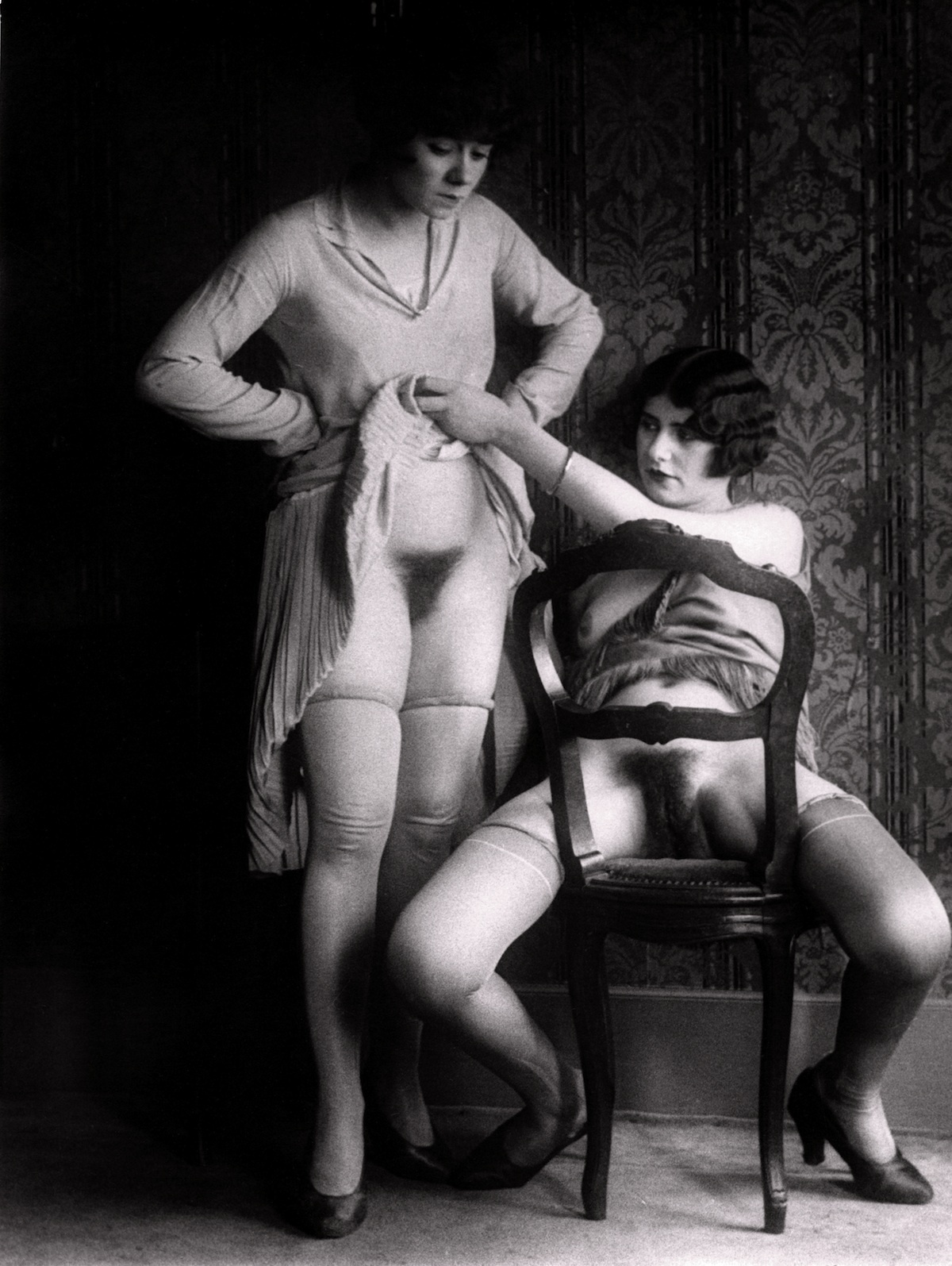 the-life-of-1930s-parisian-prostitutes-440-247-1424787783